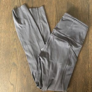 Lululemon Fast and Free tight in Dark Carbon! Sz 0